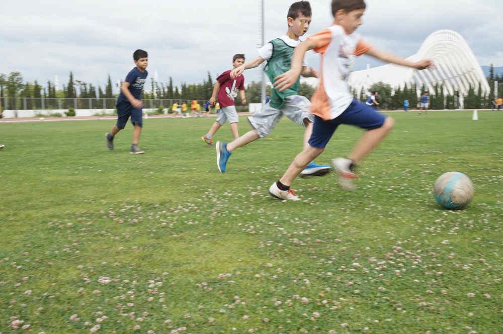 με τις σχολικές εκδρομές στο πρωταθλητή τα παιδιά θα παίξουν ποδόσφαιρο